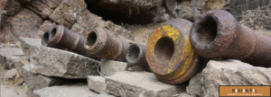 Ancient iron cannon used to defend Lohagad Fort | RanjanPal.com
